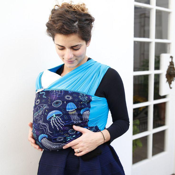 Liliputi® Stretchy Wrap - Rainbow line - Deep Blue http://www.liliputibabycarriers.com/stretchy-baby-wrap/baby-wrap-deep-blue