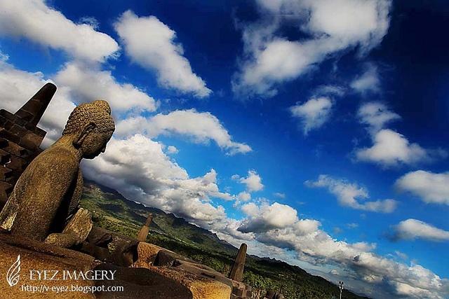 Borobudur, Yogyakarta, Indonesia - where the buddha smiles at the volcanoes photography by Visithra - http://v-eyez.blogspot.com    V-Eyez Imagery on Facebook  http://www.facebook.com/veyezimagery