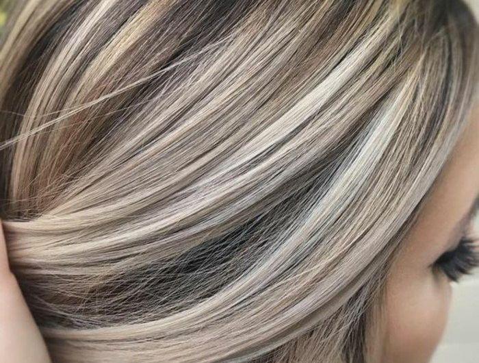graue-haare-strähne-grau
