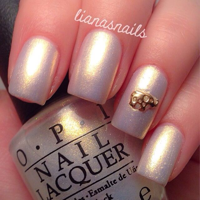 Pretty Nails By Lianasnails In 2018 Pinterest Pearl And Nail Colors