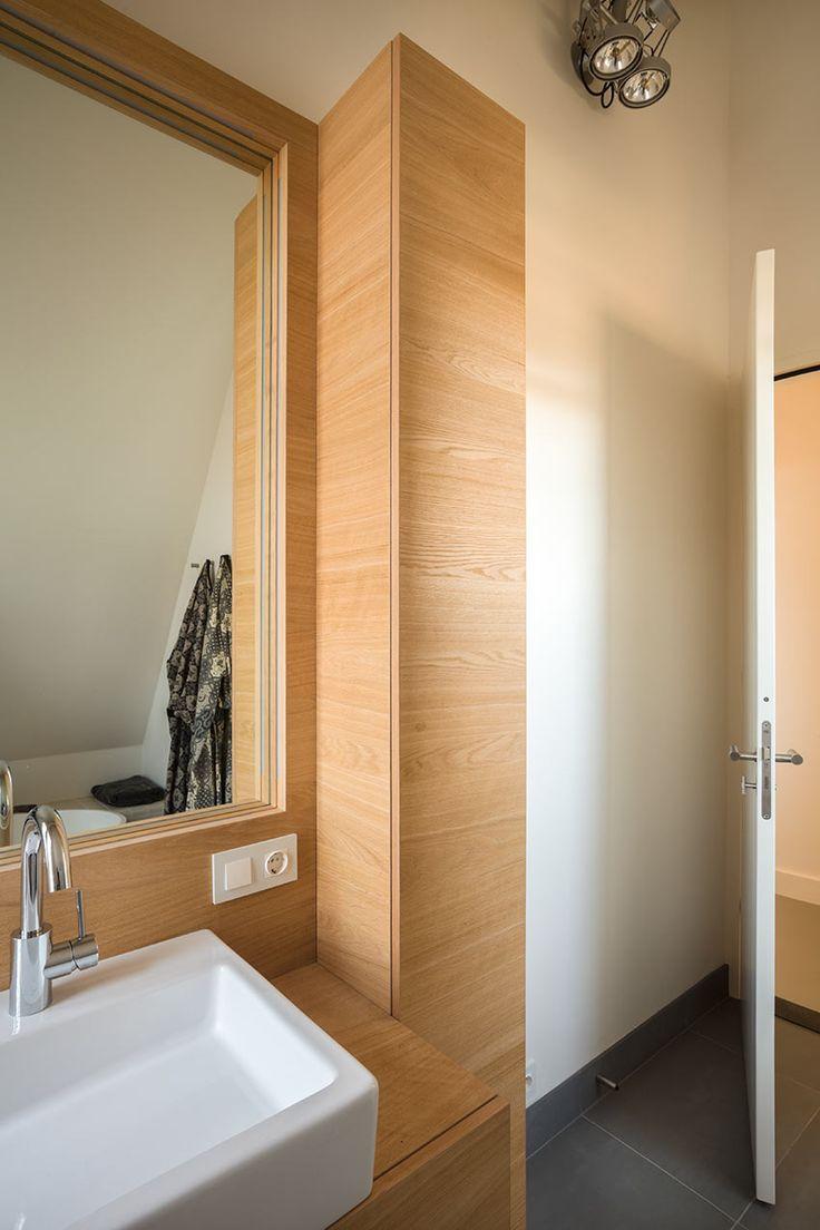 Meer dan 1000 idee n over spiegel meubels op pinterest gespiegelde meubels grijze slaapkamers - Meubels originele badkamer ...