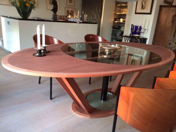 Mahonie table
