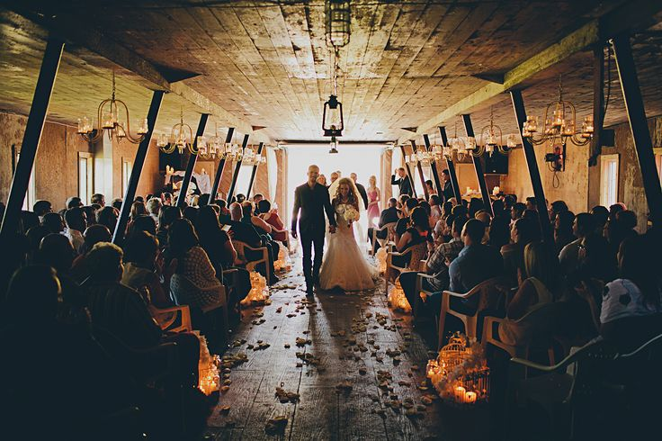 The rustic Barn in Steinbach, MB. The most amazing venue for a rustic bran wedding. #rustic #barnwedding #manitoba #steinbach #weddingceremony #blfstudios