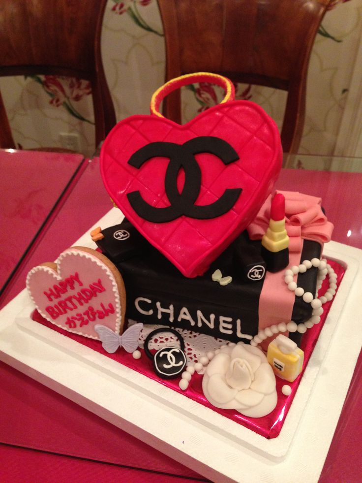 シャネルのケーキ