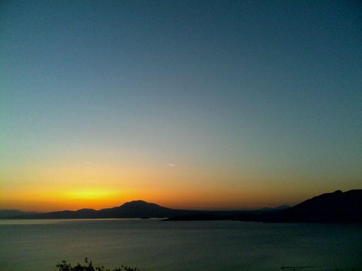Σαλαμινα Ηλιοβασιλεμα