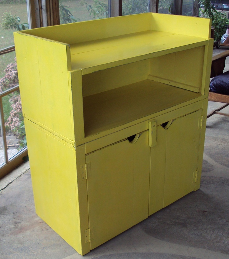 Baby changing table hutch armoire