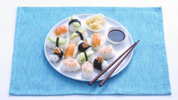 Kijk wat een handige video op Allerhande! Nigiri sushi
