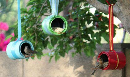 Doe-het-zelf: vrolijke vogelvoeders