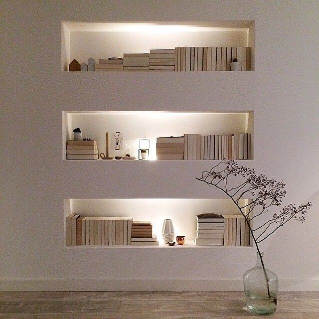 Organized, lit bookcases provide a hint of drama in a space   ᘡℓvᘠ □☆□ ❉ღ happily // ✧彡●⊱❊⊰✦❁❀‿ ❀ ·✳︎· WED MAY 03 2017 ✨ ✤ॐ ✧⚜✧ ❦♥⭐ ♢∘❃ ♦♡❊ нανє α ηι¢є ∂αу ❊ღ༺✿༻✨♥♫ ~*~ ♆❤ ☾♪♕