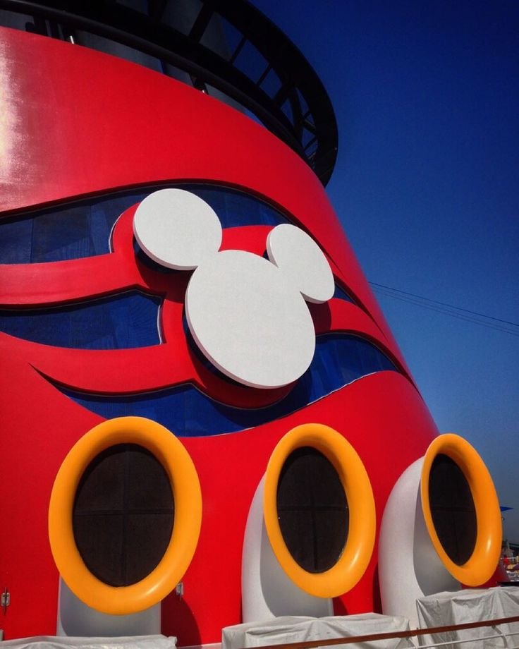 Funnel Pic 2.  A series featuring the Disney Wonder. And my love for her funnels. This series of pictures was taken on our September 2013 cruise from Los Angeles to Galveston via the Panama Canal.  #disney #disneycruise #disneycruiseline #disneywonder #panamacanalcruise #travel #travelpic #travelphoto #travelphotography #mytravelphotos #mytravelpics #shipfunnel #travelphotographer @disney @disneycruiseline by deaninflux