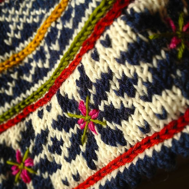 153 best fair isle schemi images on Pinterest | Stricken ...