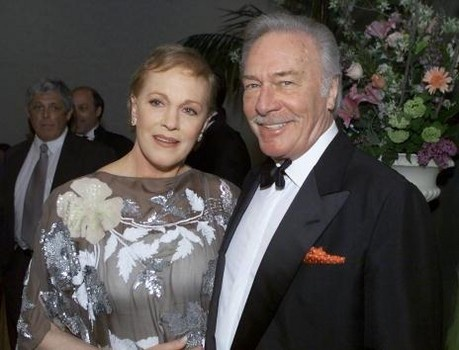 Julie Andrews and Christopher Plummer at the Society of Singers' 10th Annual Ella Award presentation to singer, actress Dame Julie Andrews at the Beverly Hilton, Beverly Hills, Ca. 4/25/01.