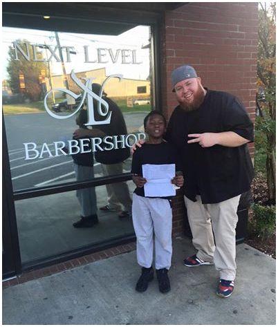 Promette tagli di capelli gratis in cambio di buoni voti. Ora un barbiere del nord Carolina deve mantenere la parola  http://tormenti.altervista.org/barbiere-promette-tagli-gratis-bambino/