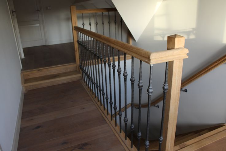 25 beste idee n over smeedijzeren trappen op pinterest for Trap eikenhout
