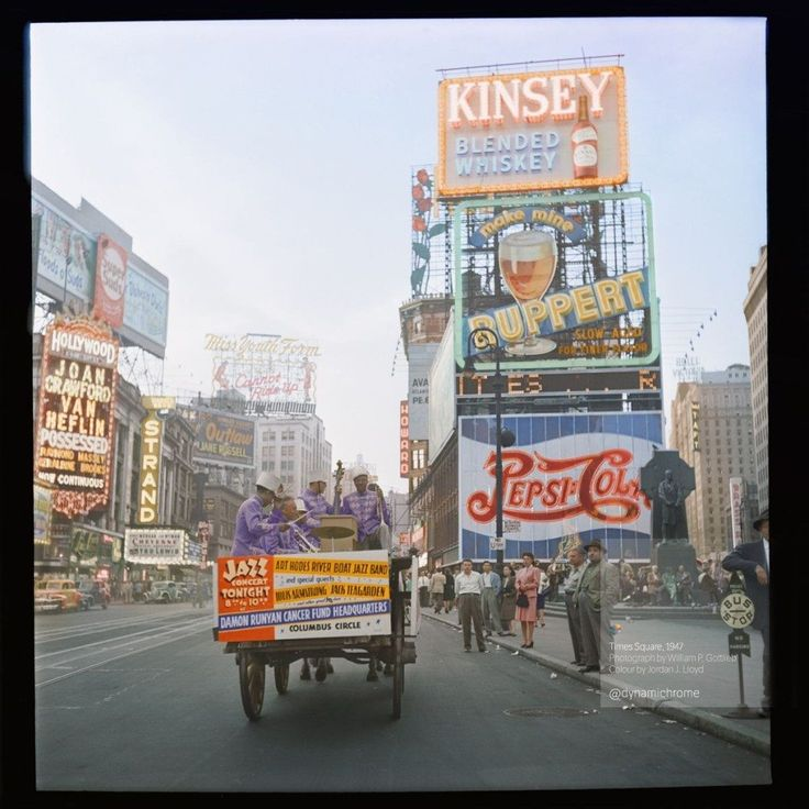 Times Square, 1947  30 Iconic Black & White Old Pictures That Look Amazing In Colour • Page 3 of 6 • BoredBug