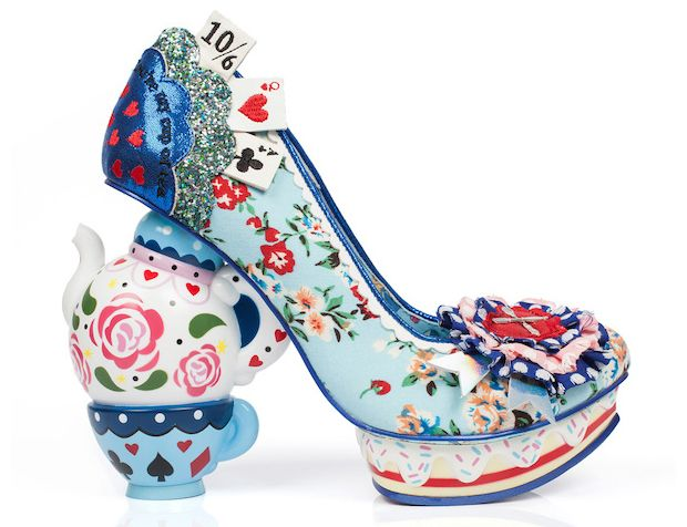 Sapatos Irregular Choice, inspirados em Alice in Wonderland
