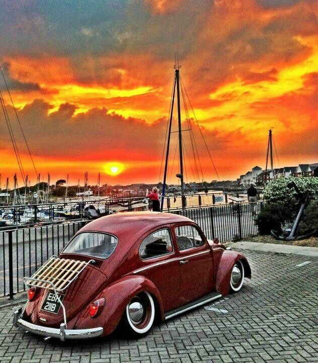 VW Beetle that has been bagged, and is showing it's proper Stance.