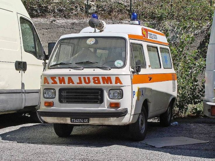 Fiat 900T Ambulans