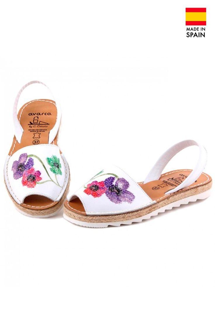 Sandale Avarca Menorquinas de dama din piele naturala, FlowerPower, alb
