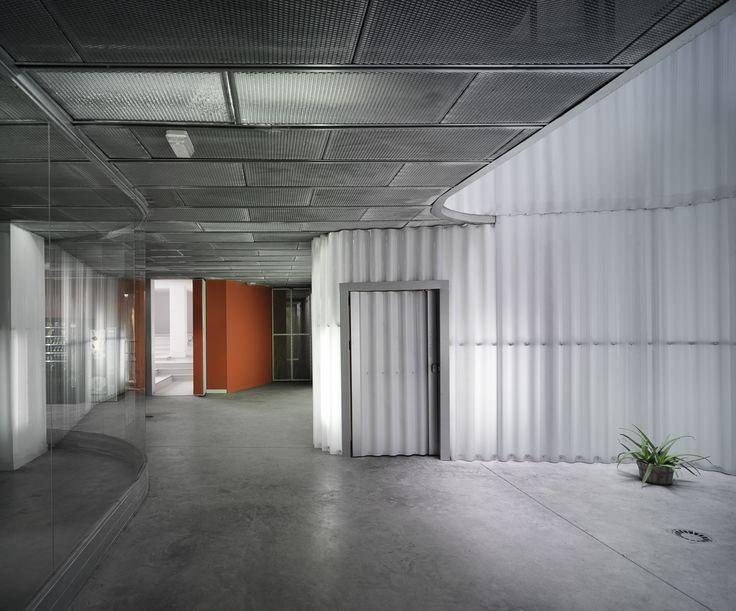 Reforma de planta baja Residencia Universitaria Flora Tristán / José Luis Sainz-Pardo + Plácido González + Miguel Ángel Chaves