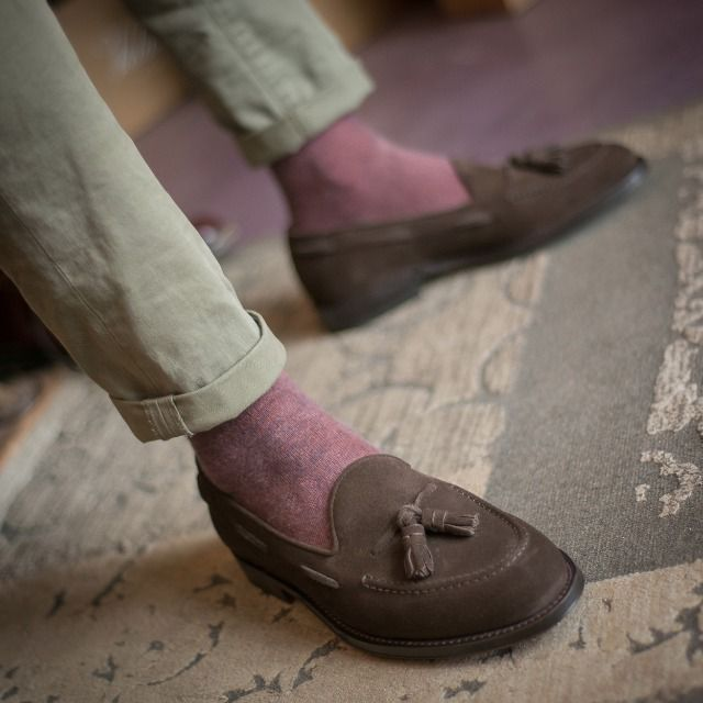 """""""I know where I'm going and I know the truth, and I don't have to be what you want me to be. I'm free to be what I want."""" Muhammad Ali  Barbee, our #tassel #loafers in brown #suede leather available online at www.velasca.com. Link in profile to #shop.  Limited edition designed by @fabioattanasio  #velascadudes #thebespokedudes #tasselloafers  #velascamilano #madeinitaly #shoes #shoesoftheday #shoesph #shoestagram #shoe #fashionable #mensfashion #menswear #gentlemen #mensshoes #shoegame…"""