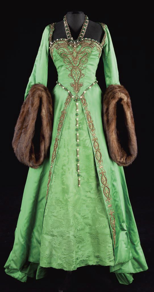 Green Medieval style Gown with Fur-trimmed Sleeves.