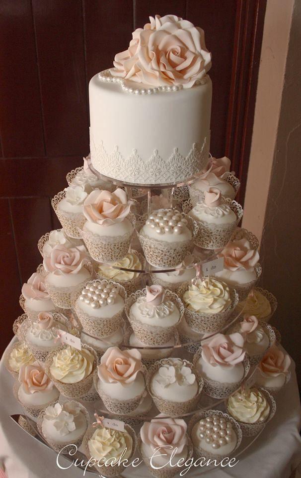 Vintage Cake & Cupcakes