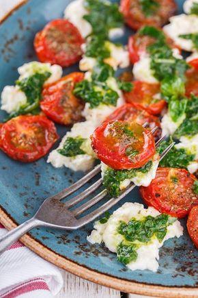 в поисках ВКУСОВЫХ ощущений...... - Салат из помидоров, моцареллы и базилика