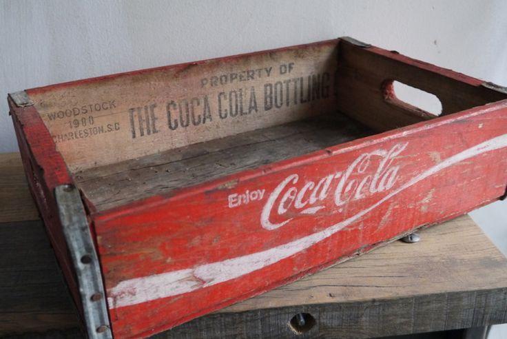 1000 images about vintage coca cola wood box on pinterest. Black Bedroom Furniture Sets. Home Design Ideas