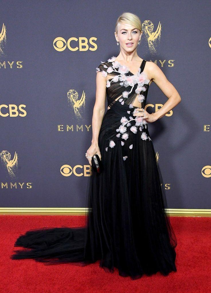 Julianne Hough In Marchesa – 2017 Emmy Awards