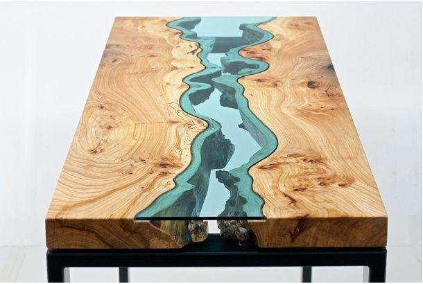 あ、こんなところに川があるね。 アメリカはワシントン州の家具職人Greg Klassenさんの作るRIVER COLLECTIONは、テーブルに川が流れ、まるで空の上から地形を眺めているようなそんなイメージ。 太平洋岸北西部の環境に触発され、多くは建築現場で廃棄される予定の木や腐敗が始まった木などを使って、製作している...