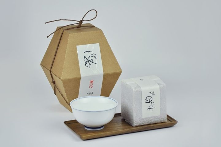 Lonshare rice packaging by Shanghai Version Design » Retail Design Blog
