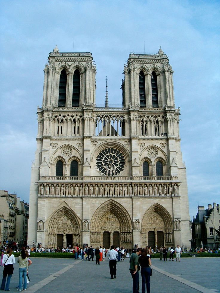 Notre dame de paris begun in 1163 one of the great Famous architectural structures