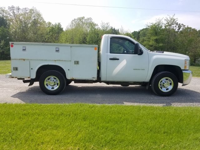 2010 Chevy 2500 HD Utility Truck