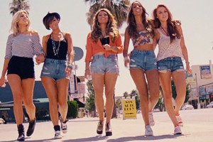 The Saturdays ! Why is it that girls from the UK sing so much better than USA girls?