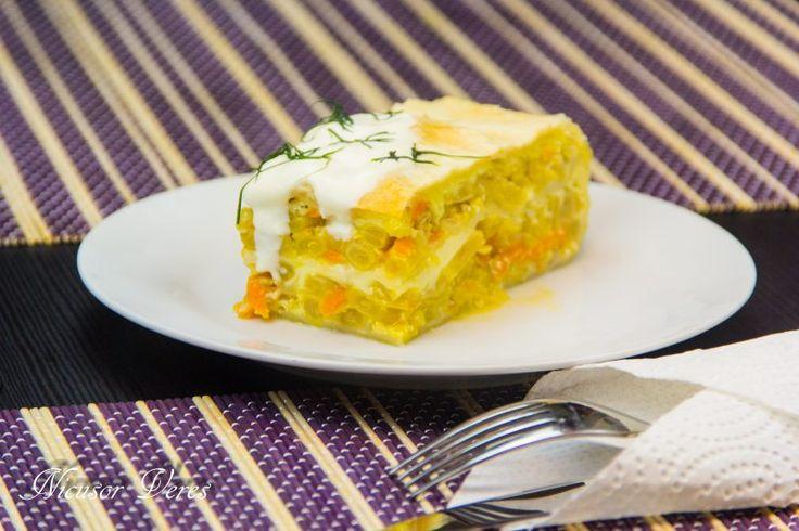 Pastai De Fasole La Cuptor, un aperitiv potrivit pentru orice ocazie. Fasolea din borcan o punem intr-o sita sa se scurga de apa.Curatam ceapa de coaja si o taiem