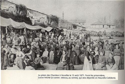 La Prison des Chantiers à Versailles le 15 aout 1871. Parmi les prisonnières Louise Michel (debout au centre) qui sera déportée en Nouvelle Calédonie.