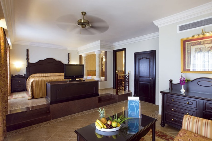Hotel Riu Montego Bay 5* All Inclusive | Beautiful Suites!