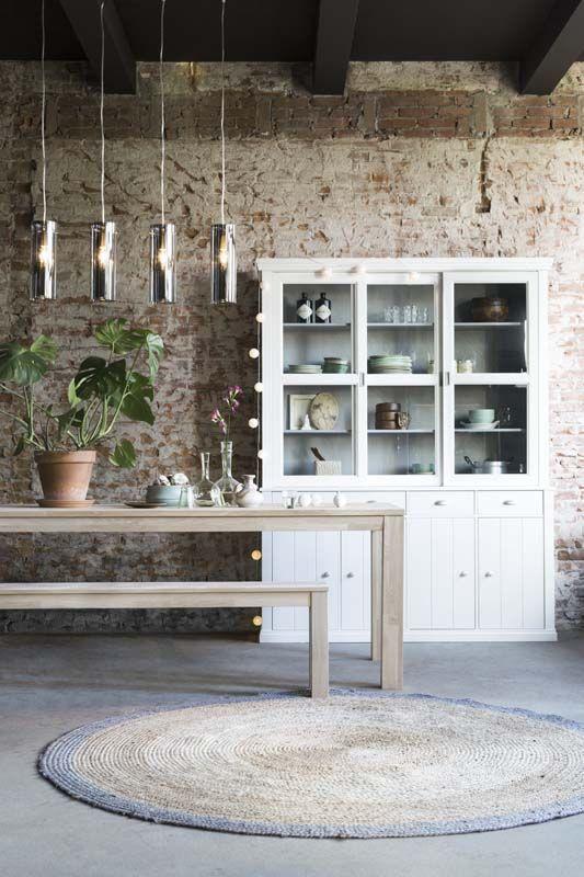 Kies voor de eetkamer eens een houten tafel met bank in for Aanrechtblad karwei