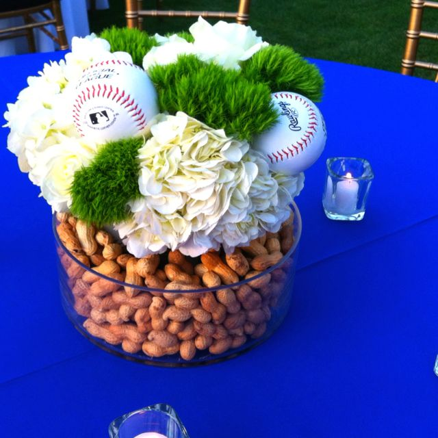 Baseball party centerpiece idea.Baseball Centerpieces, Baby Shower Theme, Baseball Parties, Theme Parties, Basebal Theme, Baseball Party, Basebal Parties, Basebal Centerpieces, Parties Centerpieces