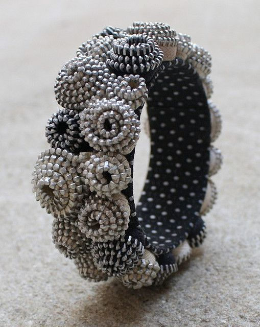 Zipper bracelet. Beautiful!