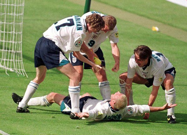 Paul Gascoigne score THAT goal for England against Scotland at EURO '96.