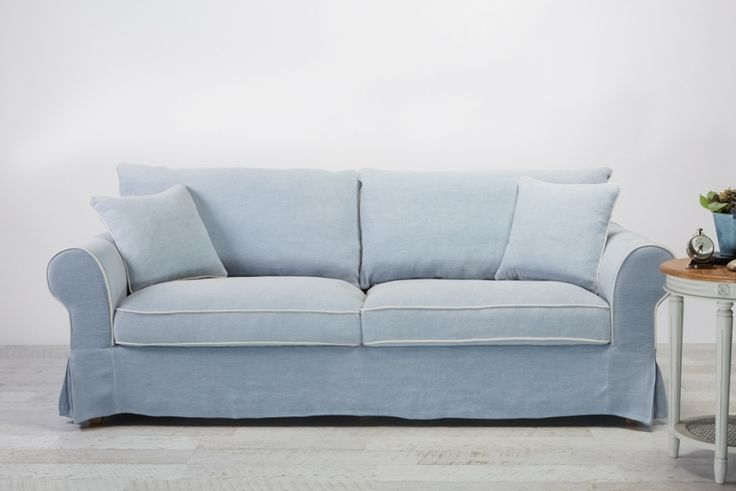 Sofa Nantucket 3 Seat Linen Bleu w/Mignon piping from Villa Maison #hamptonsstyle #hamptons #interiors #design