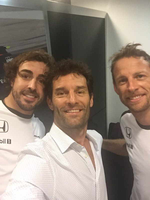 Fernando Alonso (@alo_oficial) | Twitter After race de-brief with a few old sparring partners.