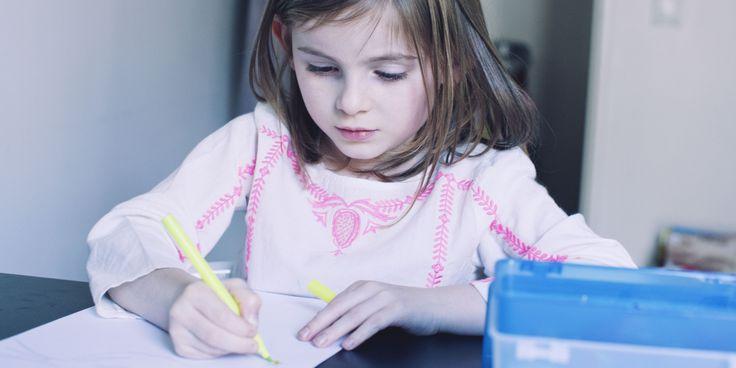Wir hatten Tränen in den Augen, wenn wir kleine Briefchen bekamen, auf denen stand: ch hap dij lip. #Schule #Eltern #Kinder #Lehrmethoden #Schreiben nach #Gehör