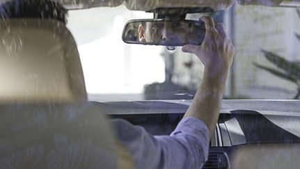 Avoid accidents with these driving safety tips When you're behind the wheel of a car – whether alone or with passengers – driving safely should always be your top concern. https://www.nationwide.com/driving-safety-tips.jsp