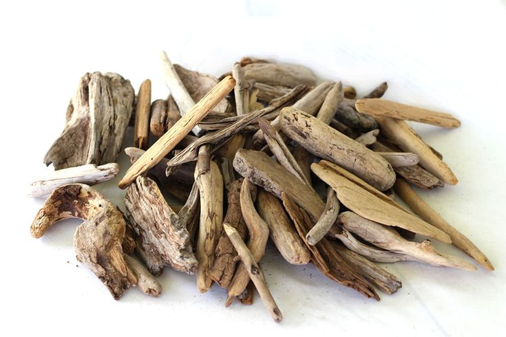 """50 Natural quality pieces of driftwood for sale - 5-12"""" perfect for making driftwood crafts such as candleholders, birdhouses, mirrors, wall hangings and other driftwood crafts."""