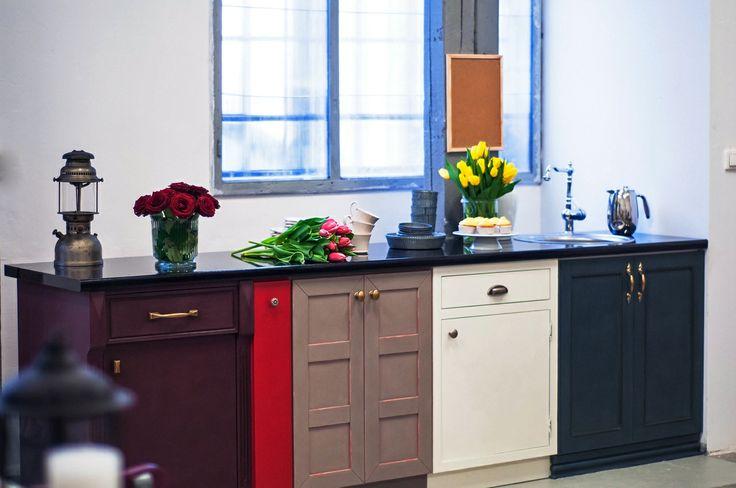 Kuchnie na zamowienie - przyklady szafek