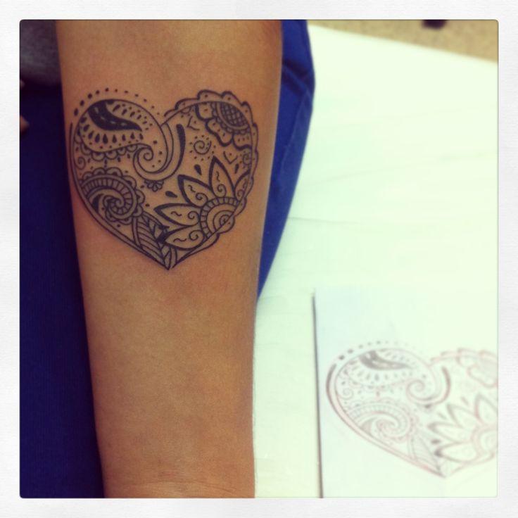 Tatuagem de Coração para mulheres   Significado e fotos