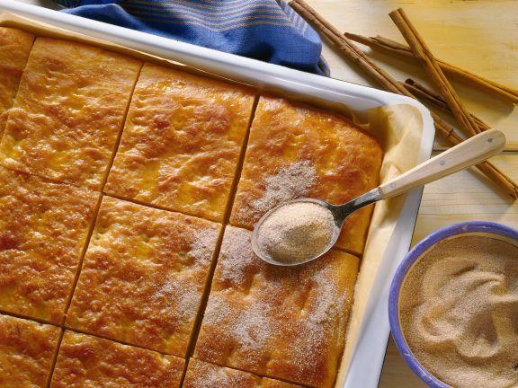 Süßer Kartoffelkuchen ist ein Rezept mit frischen Zutaten aus der Kategorie Blechkuchen. Probieren Sie dieses und weitere Rezepte von EAT SMARTER!